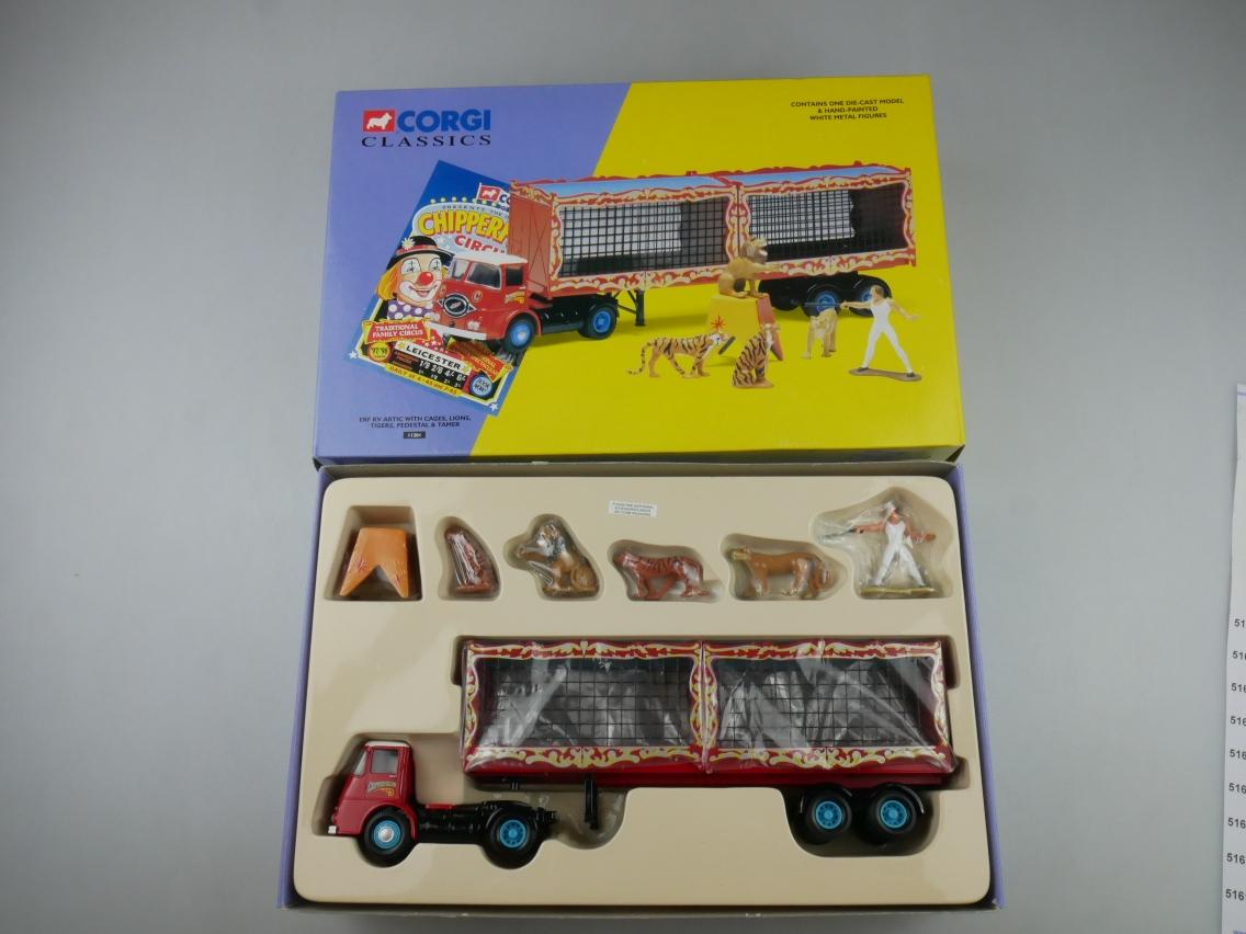 Corgi Classics 11201 ERF KV Artic Cages Lion Tiger Tamer Circus 1/50 +Box 516121