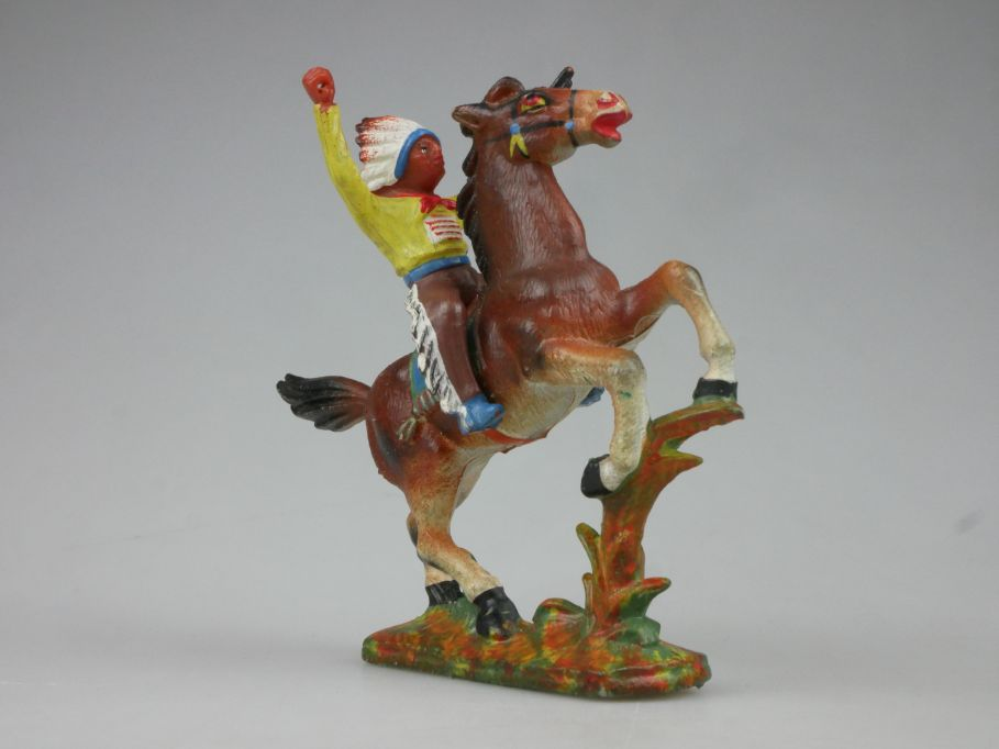 DDR Western Gummi Indianer Reiter gelb Pferd E. Bayer 116759