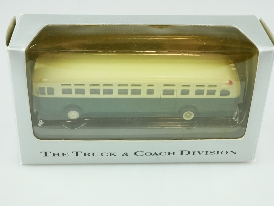 American Precision Models APM 1/87 GM TDH 4510 Coach Bus mit Box 512341