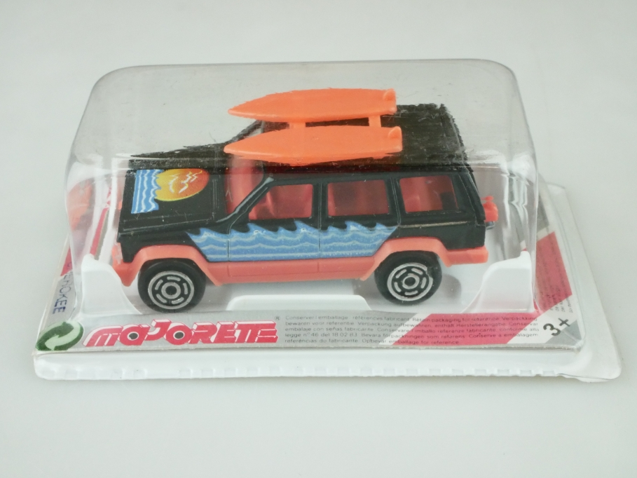 224 Majorette 1/60 Jeep Grand Cherokee Station Surf Wagon mit Box 512457
