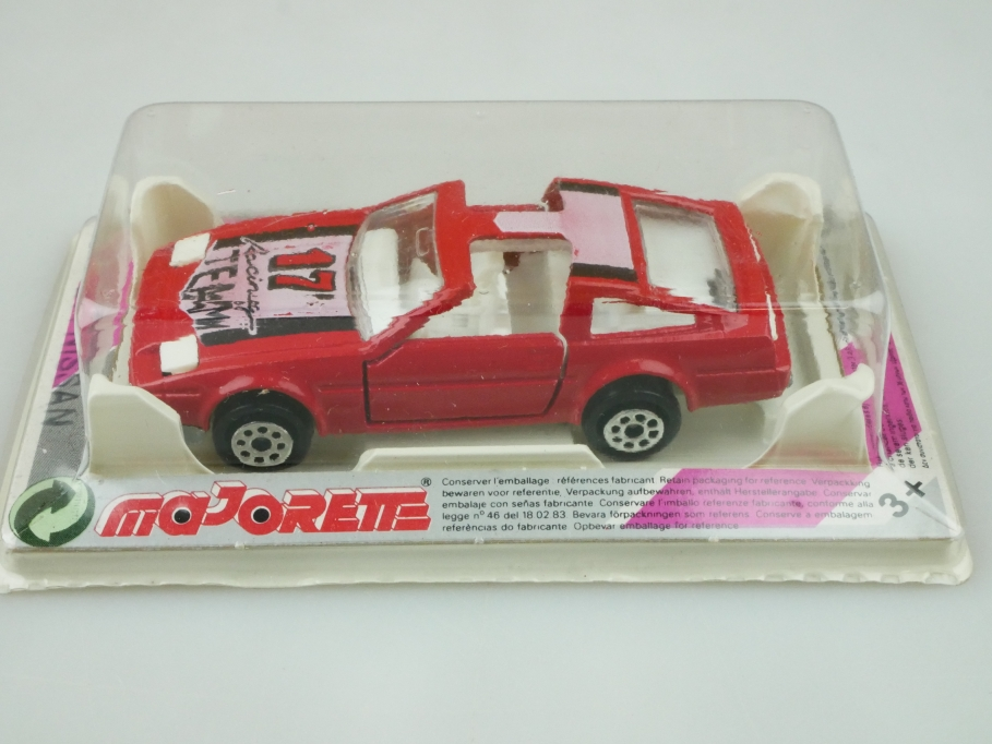 214 Majorette 1/55 Nissan 300 ZX Targa Coupe Racing Team 17 rot mit Box 512468