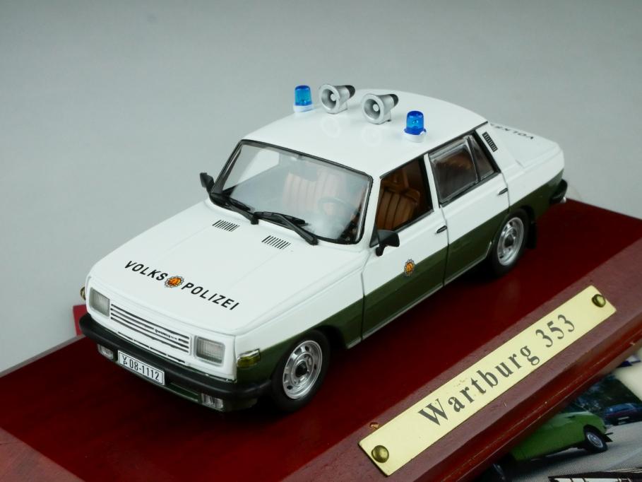 Atlas 1/43 DDR Collection Wartburg 353 Volkspolizei Limousine mit Box 512539