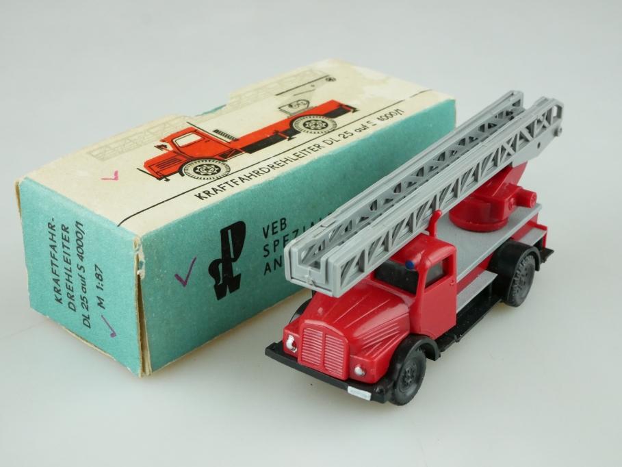 Espewe 1/87 IFA S 4000 Feuerwehr Kraftfahrdrehleiter DL 25 DDR mit Box 512587