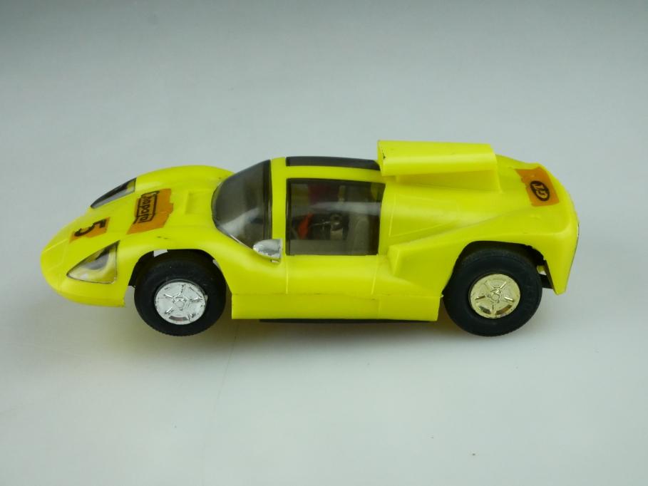 Preso 1/32 DDR Slotcar Chaparral Rennwagen für die Autorennbahn ohne Box 512599