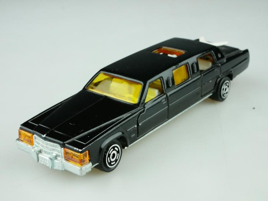 339 Majorette 1/58 Cadillac Stretchlimousine mit Schiebedach ohne Box 512605