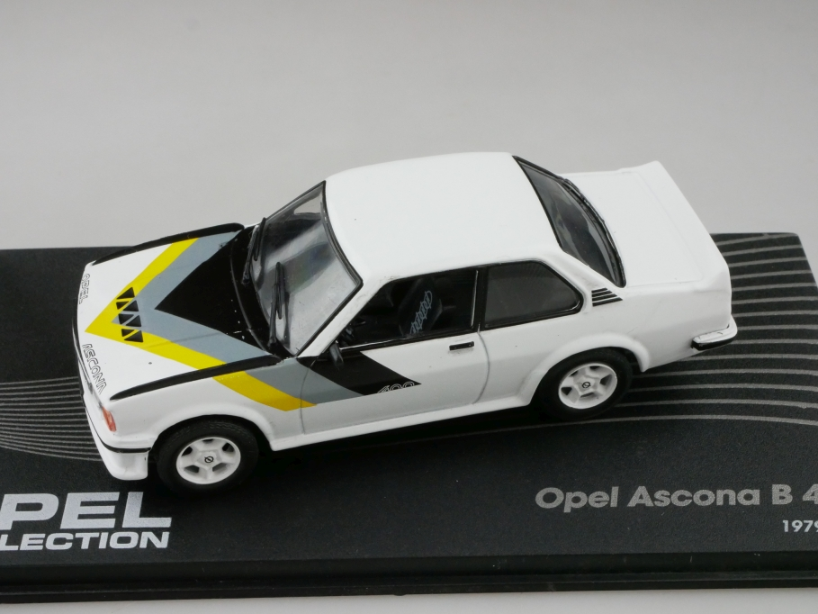 Ixo Atlas 1/43 Opel Collection Ascona B Rallye 400 mit Box 512627