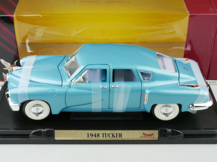 Road Signature 1/18 Tucker Torpedo 1948 bluemetallic mit Box 512658