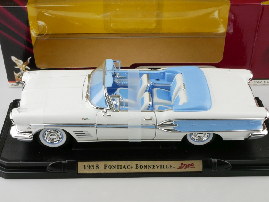 Road Signature 1/18 Pontiac Bonneville Convertible 1958 mit Box 512666