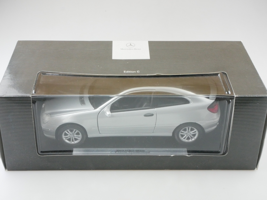 31614 Maisto 1/18 Mercedes Benz C-Klasse Sportcoupe silvermetallic  Box 512674