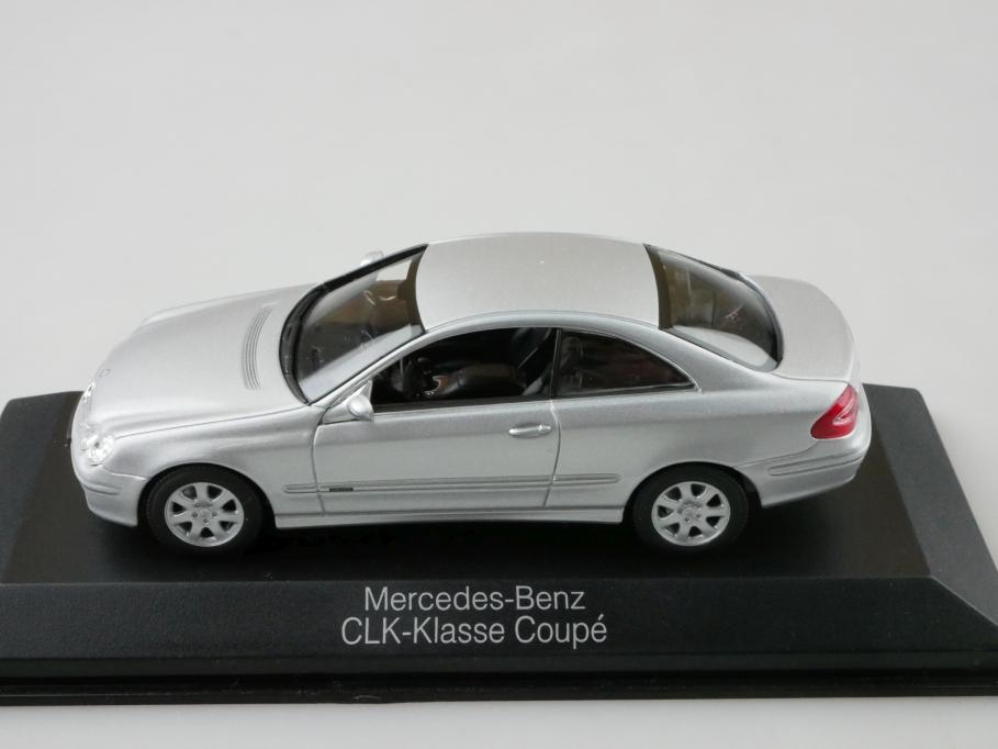 Minichamps 1/43 Mercedes Benz CLK Klasse Coupe silvermetallic mit Box 512676