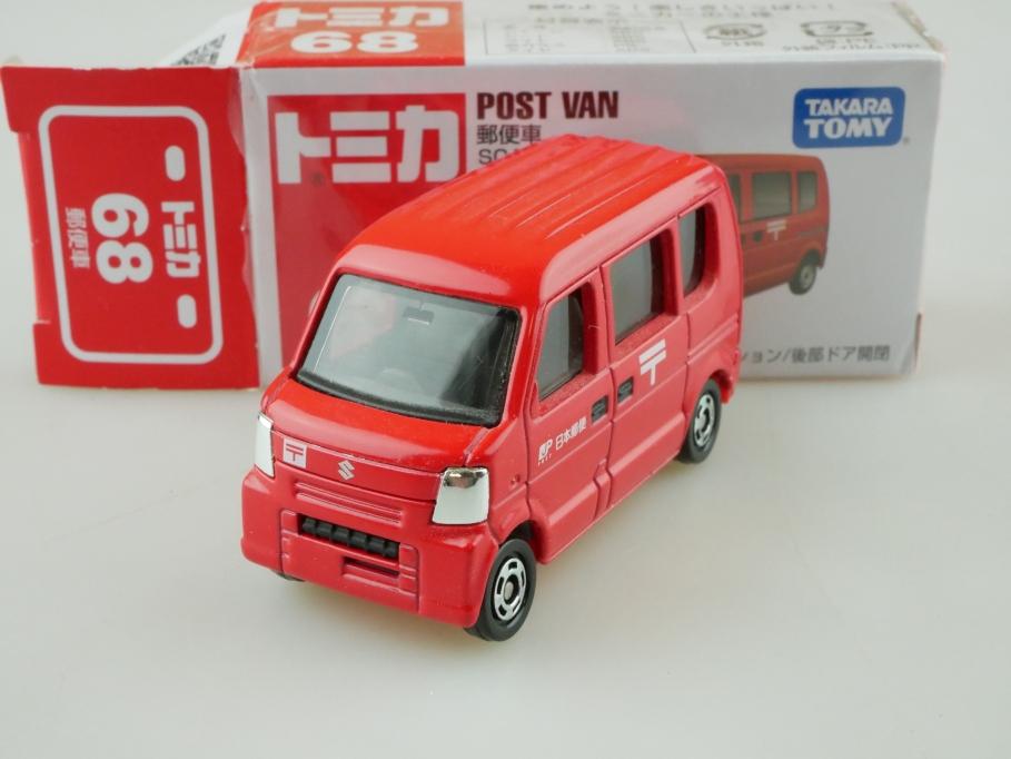 68 Takara Tomy 1/67 Suzuki Post Minivan mit Box 512681