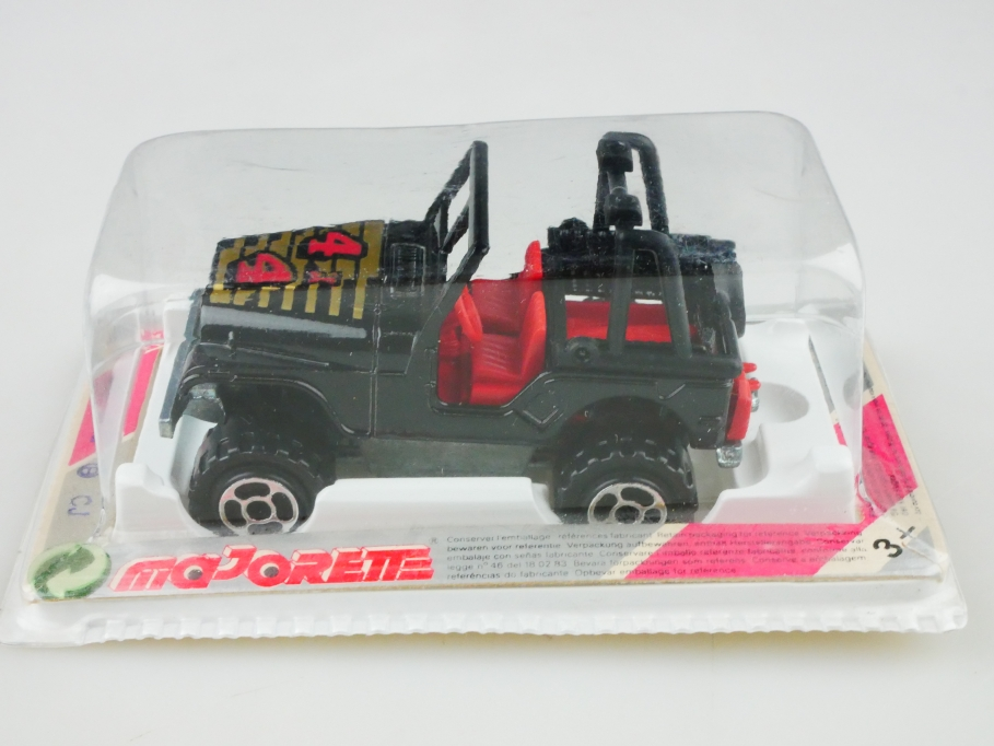 290 Majorette 1/54 Jeep CJ 7 Off Road 4x4 mit Box  512881