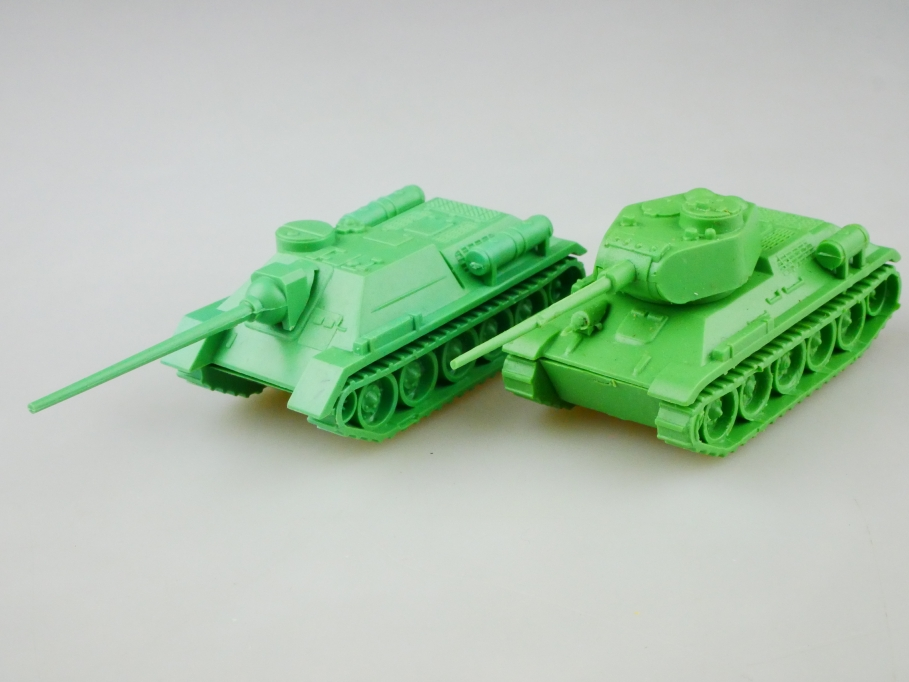 Leha 1/87 seltene russische Panzer Militär Konvolut T 34 SU 122 DDR 512959