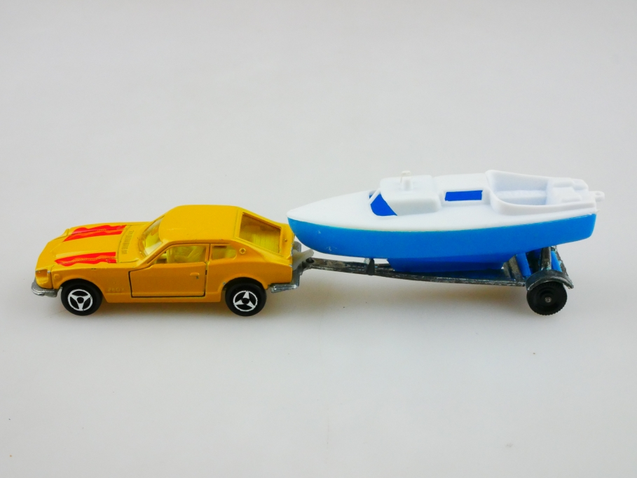 229 Majorette 1/60 Datsun 260 Z Coupe mit Bootsanhänger ohne Box 512988