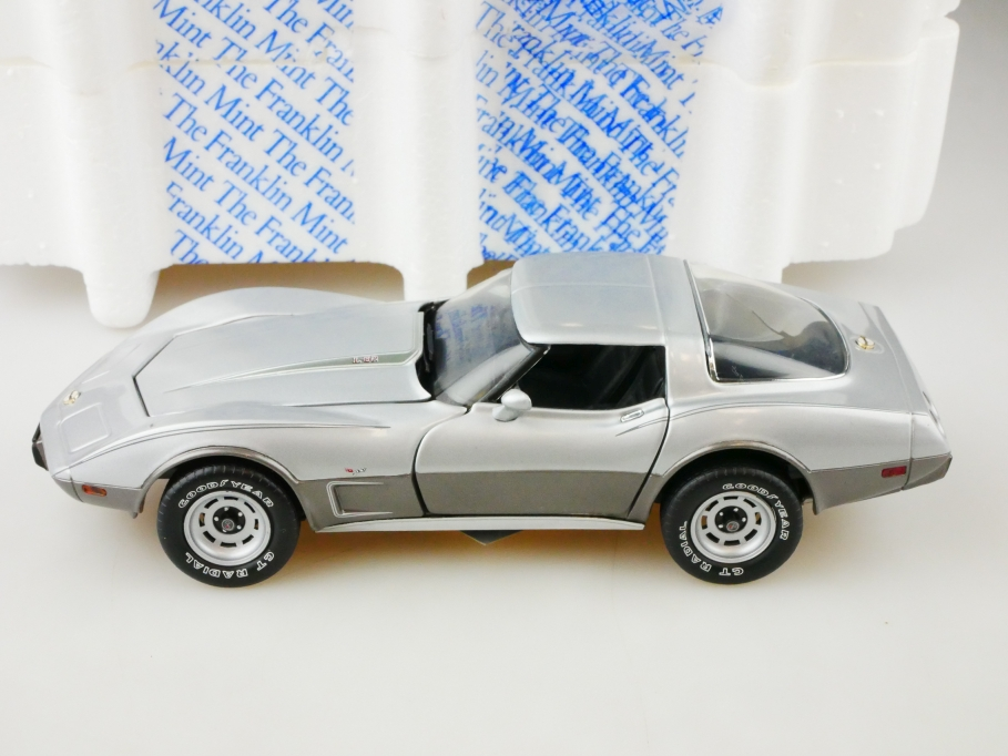 Franklin Mint 1/24 Chevrolet Corvette 1978 Stingray Coupe mit Box 513136