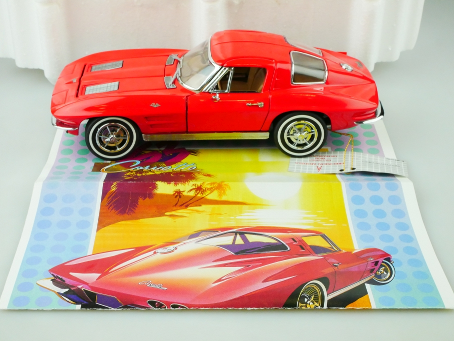 Franklin Mint 1/24 Chevrolet Corvette 1963 Stingray Split Window Coupe  513137