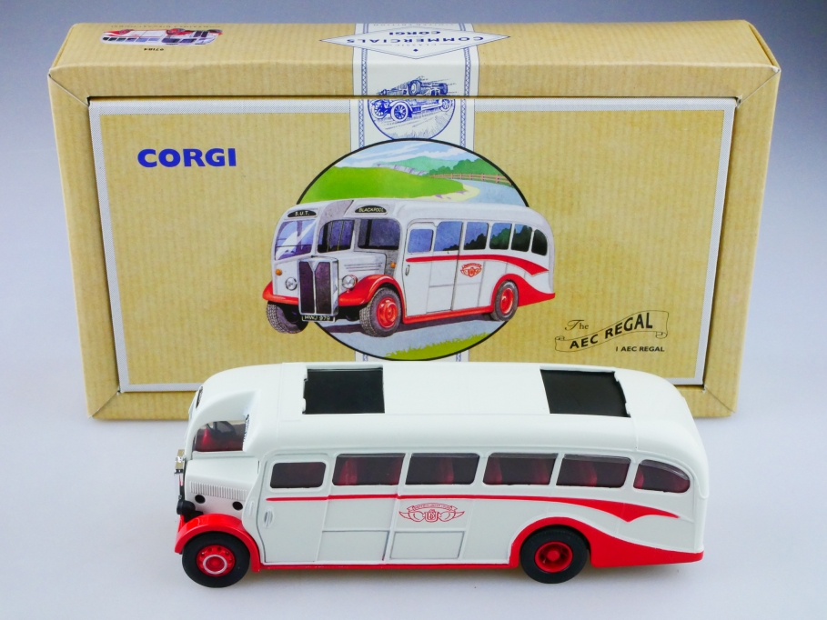 Corgi Toys ca. 1/50 AEC Regal Coach Bus Blackpool limited mit Box 513149