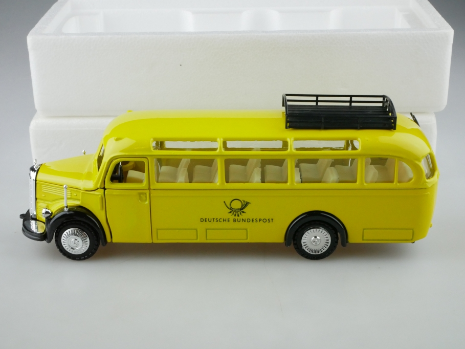218 NZG 1/40 Mercedes Benz O 3500 Post Omnibus 1950 yellow mit Box 513227