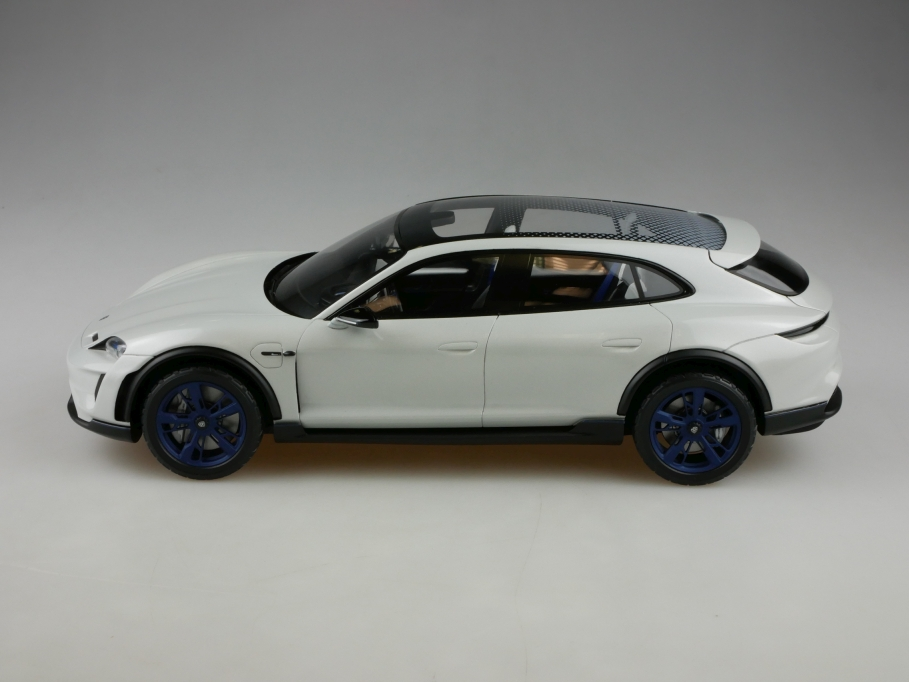 Resine Kleinserie Spark 1/18 Porsche Taycan Mission E Elektro ohne Box 513312