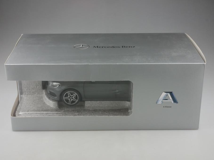 Norev 1/18 Mercedes Benz A Classe W 176 montaingrau Händleredition Box 513313