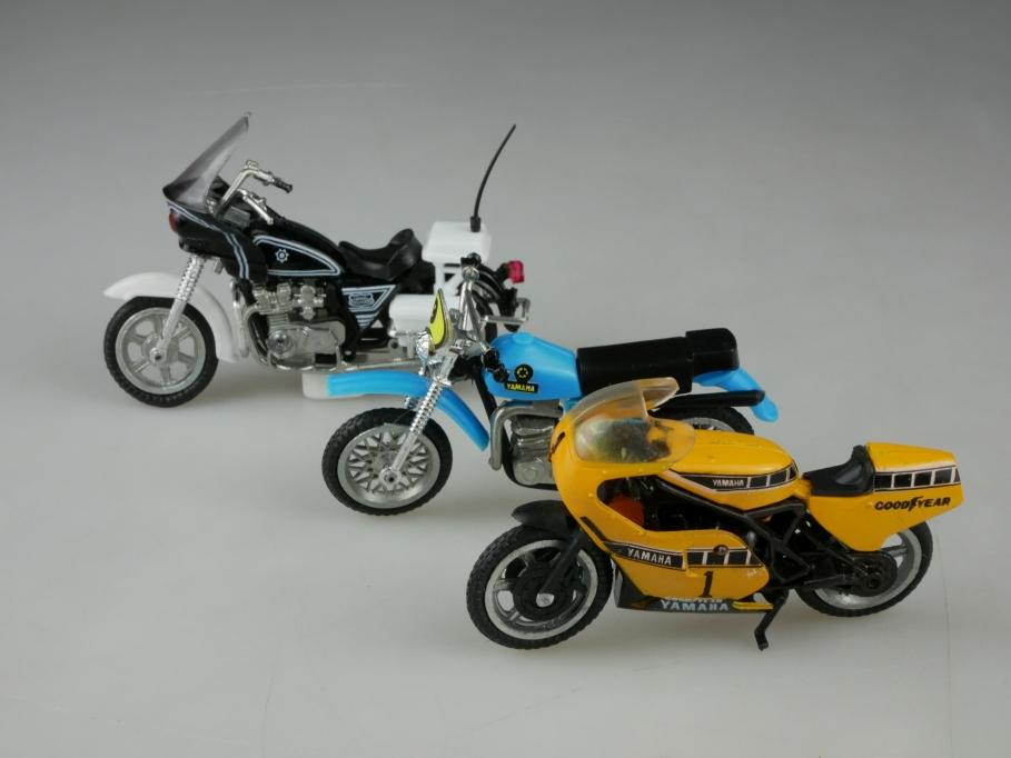 TT Model 1/24 Motorrad Konvolut Yamaha Racing Bike & Polizei ohne Box 513373