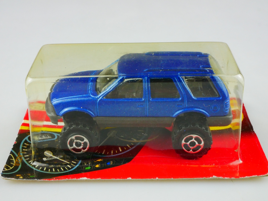 239 Majorette 1/56 Chevrolet Blazer Jimmy GMC Monster SUV mit Box 513491