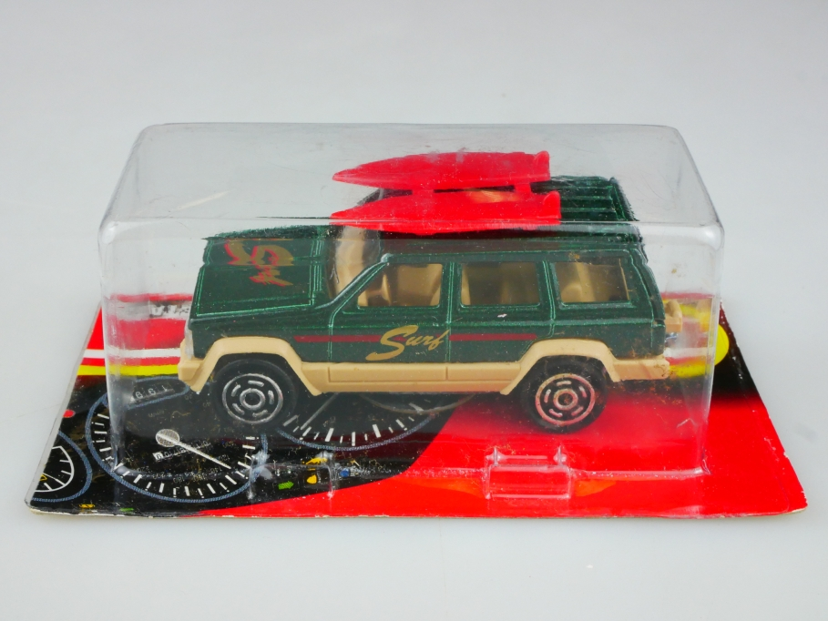 224 Majorette 1/60 Jeep Grand Cherokee Station Wagon Surfmobil mit Box 513516