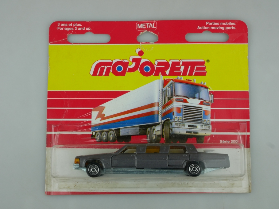 339 Majorette 1/58 Cadillac Stretch Limousine Serie 300 mit Box 513518