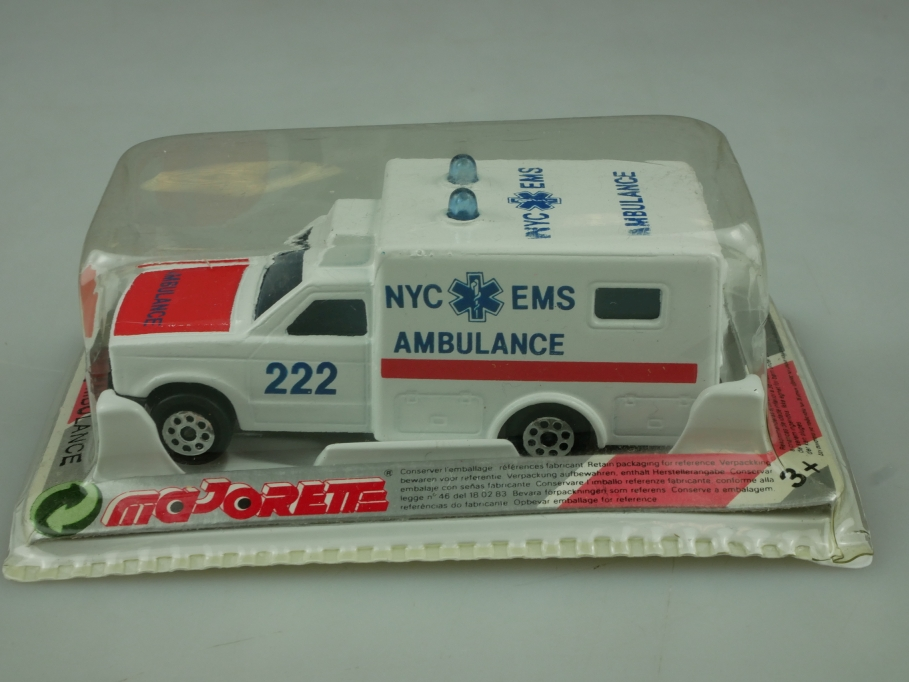 255 Majorette 1/60 Ford Ranger Ambulance NYC made in Thailand mit Box 513603