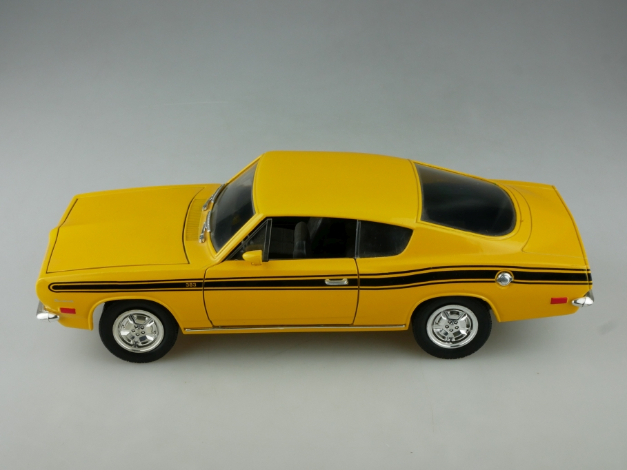 Road Legends 1/18 Plymouth Barracuda Hardtop Coupe 1969 ohne Box 513824