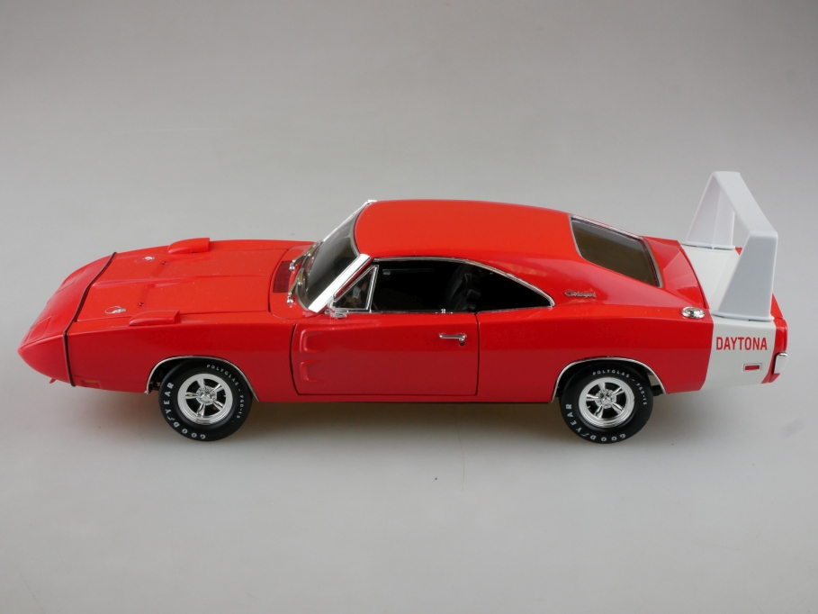 Testors 1/24 Dodge Charger Daytona Hardtop Coupe 1969 orange ohne Box 513961
