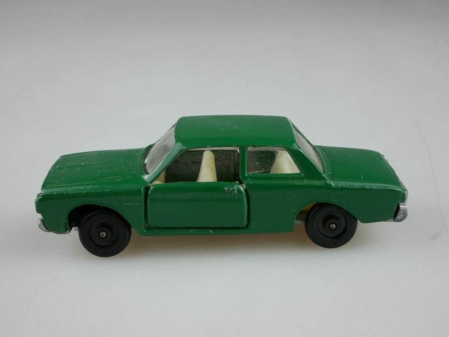 401 Efsi Holland ca.1/72 Ford Taunus 17m P5 verkehrsgrün ohne Box 514053
