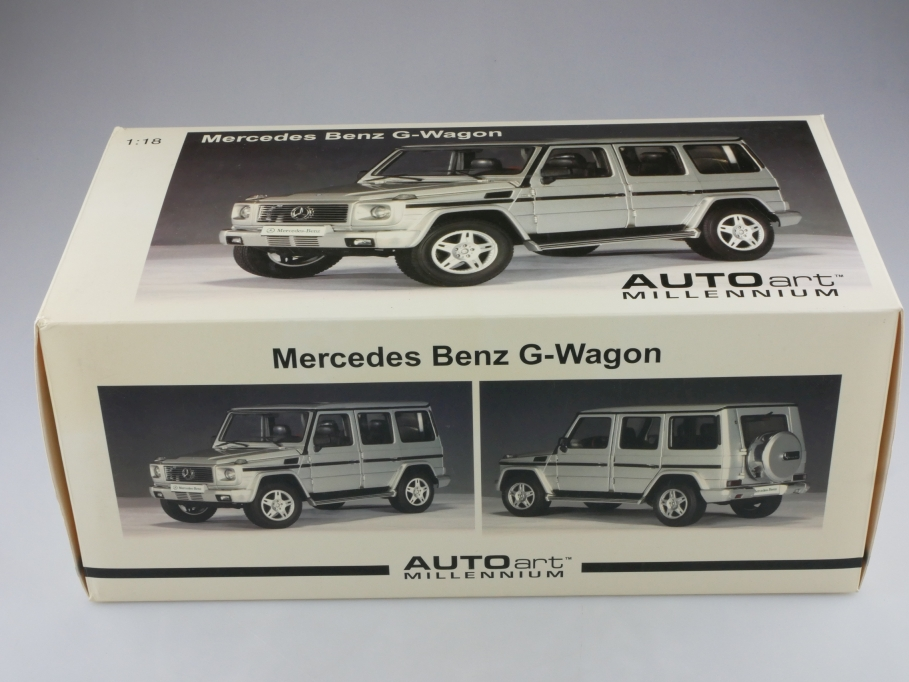 Autoart 1/18  Mercedes Benz G Modell Station Wagon silver mit Box 514246