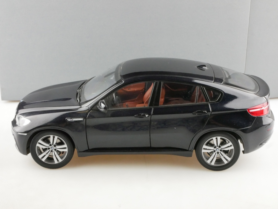 Kyosho 1/18 BMW X6 M SUV black Händleredition mit Box 514361