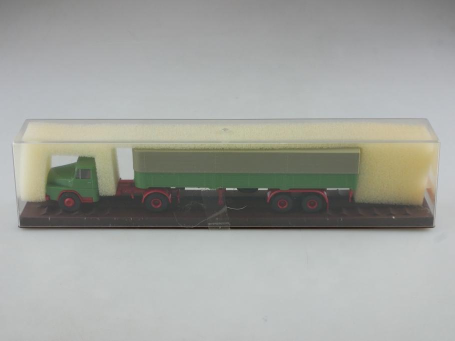 Brekina 1/87 Henschel HS 3-14 Pritschen Sattelzug resedagrün mit Box  514384