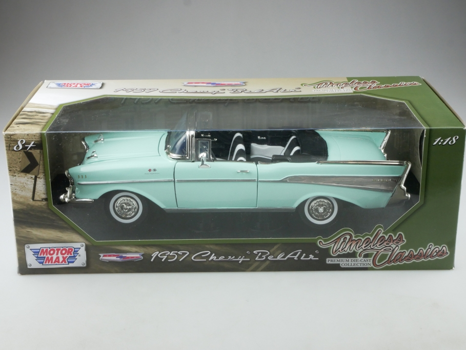 Motor Max 1/18 Chevrolet Bel Air Convertible 1957 light green mit Box 514480