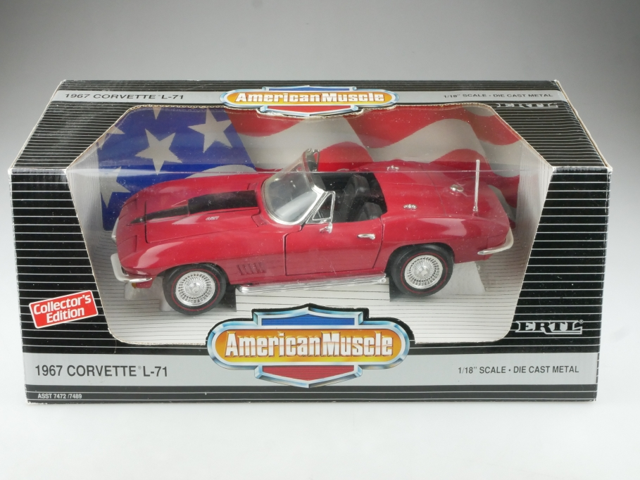 Ertl 1/18 Chevrolet Corvette Roadster L71 open 1967 red mit Box 514507