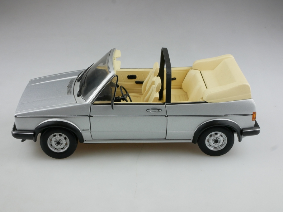 Chrono 1/18 VW Golf 1 GLI  Cabrio Volkswagen Convertible silver ohne Box 514525