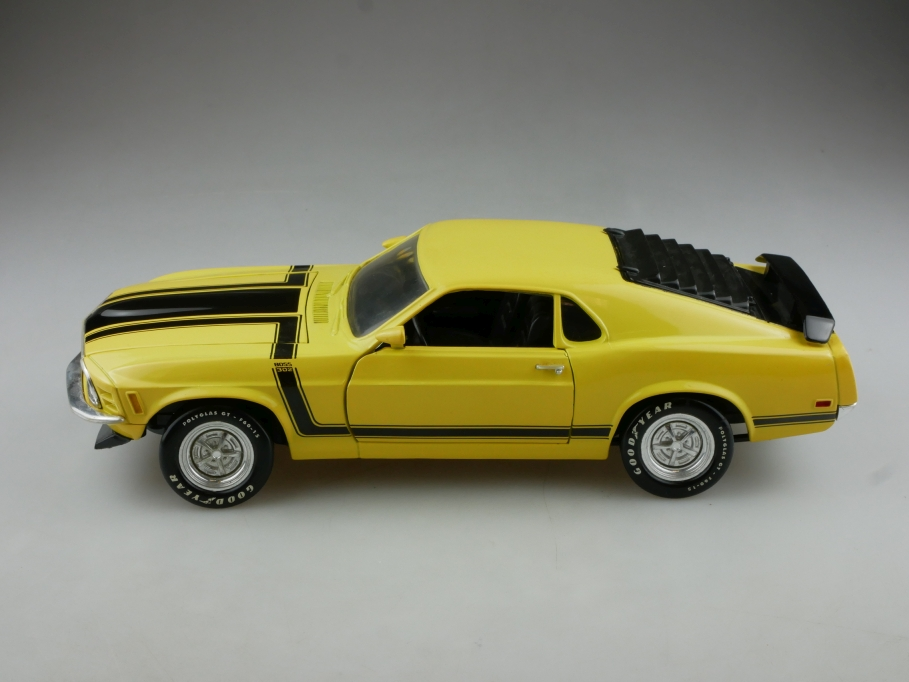 Ertl 1/18 Ford Mustang Mach 1 Coupe 1970 yellow ohne Box 514531