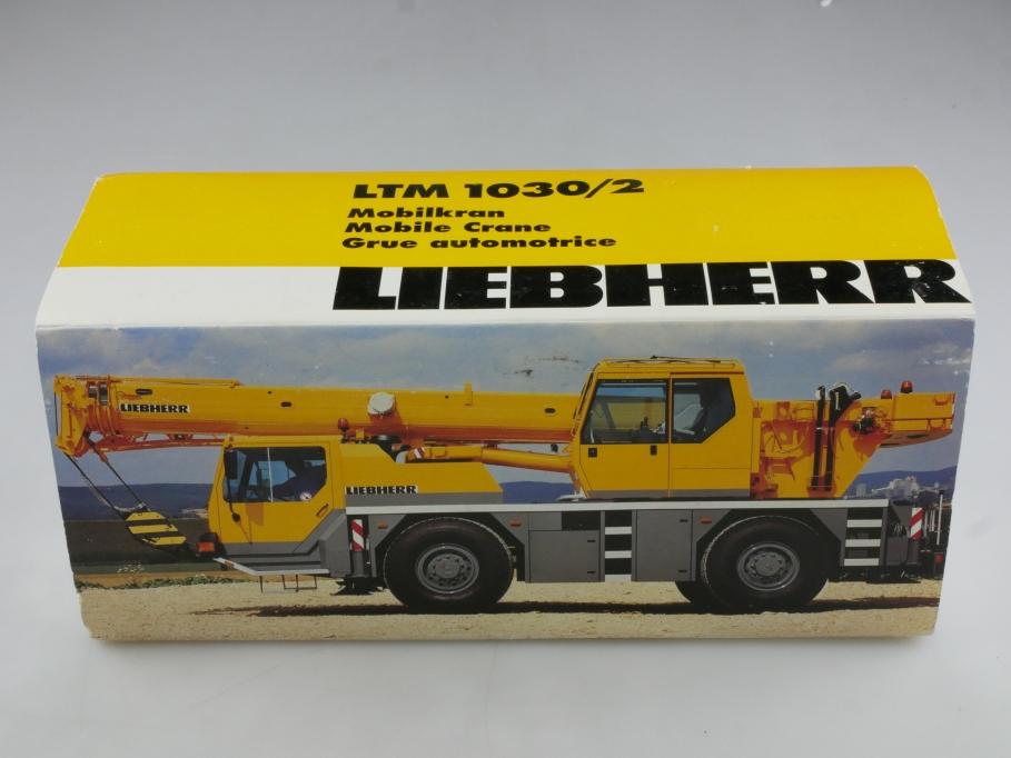 3076 Conrad 1/50 Liebherr LTM 1030/2 Mobilkran mit Box 514577