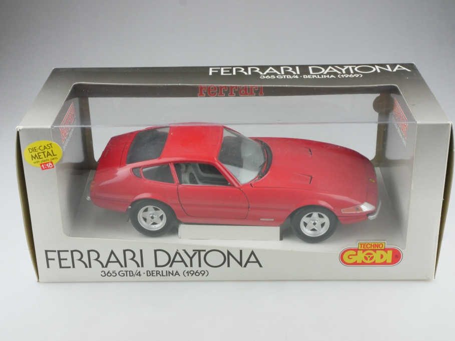 Giodi 1/18 Ferrari Daytona 365 GTB/4 Berlina Coupe 1969 red mit Box 514593