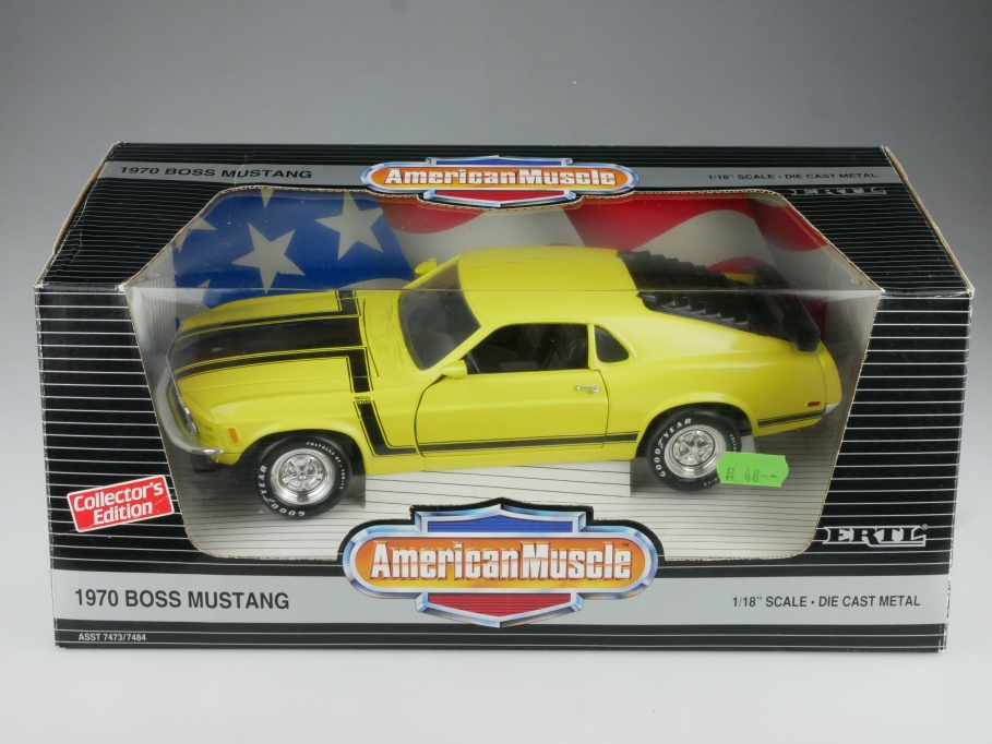 Ertl 1/18 Ford Mustang Boss 302 Coupe 1970 yellow black mit Box 514671