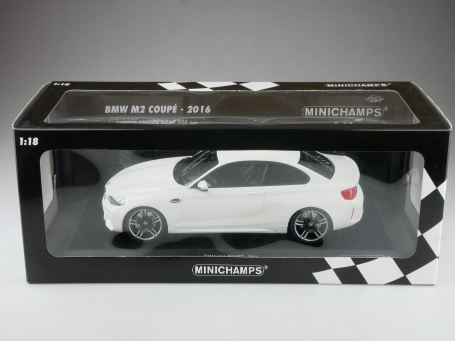 Minichamps 1/18 BMW M2 Coupe 2016 white Händleredition mit Box 514716