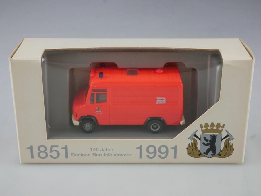 Herpa 1/87 Mercedes Benz 609 D 140 Jahre Berufsfeuerwehr Berlin mit Box 514808