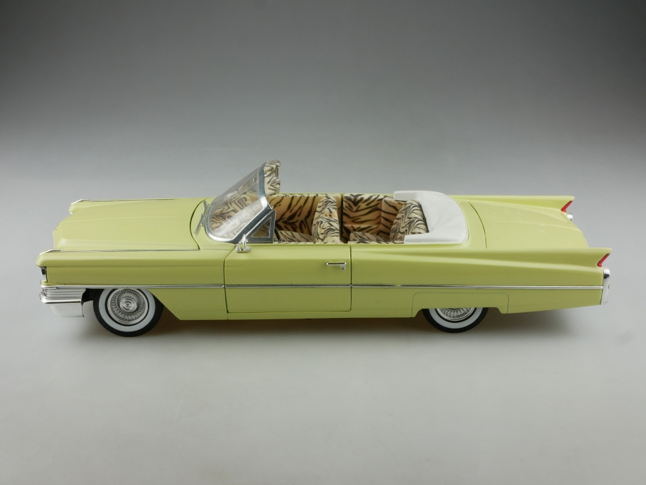 Jada 1/18 Cadillac 1963 Convertible Scarface Moviecar ohne Box 514897