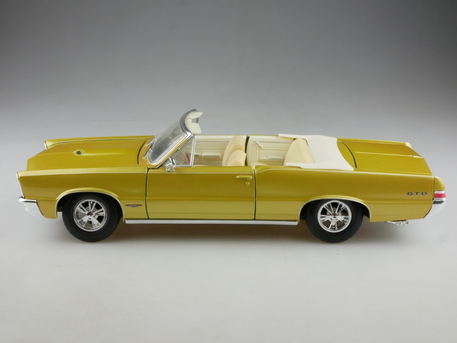 Maisto 1/18 Pontiac GTO Convertible 1965 Hurst Edition ohne Box 514904
