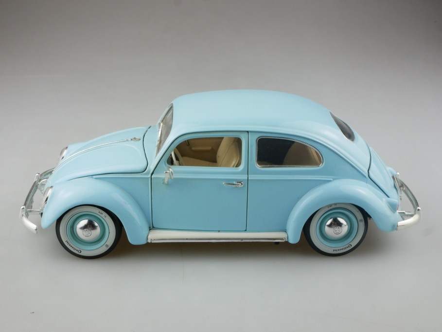 Bburago 1/18 VW Käfer Bug Beetle Ovalfenster Ovali lightblue ohne Box 514946