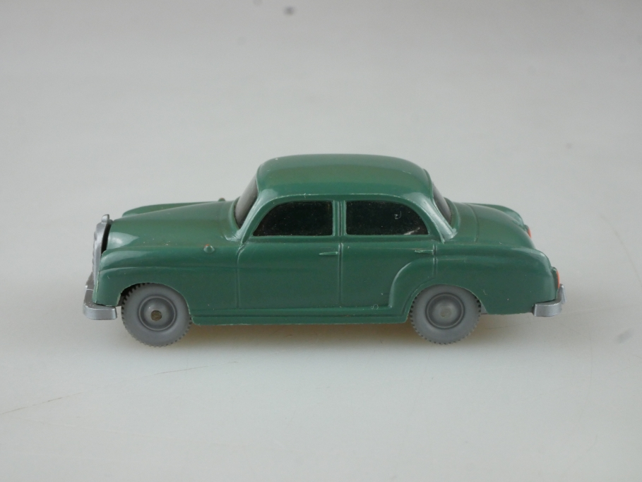 Saure 372 Wiking 1/87 Mercedes Benz 180 Ponton patinagrün ohne Box 515027