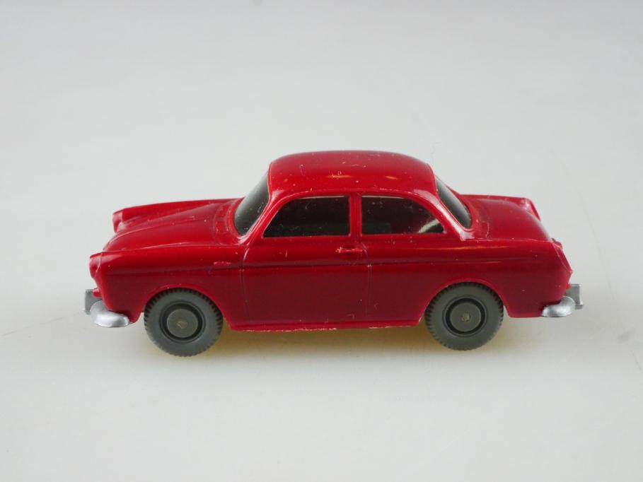 Saure 307 Wiking 1/87 VW 1500 Typ 3 Stufenheck braunrot ohne Box 515100