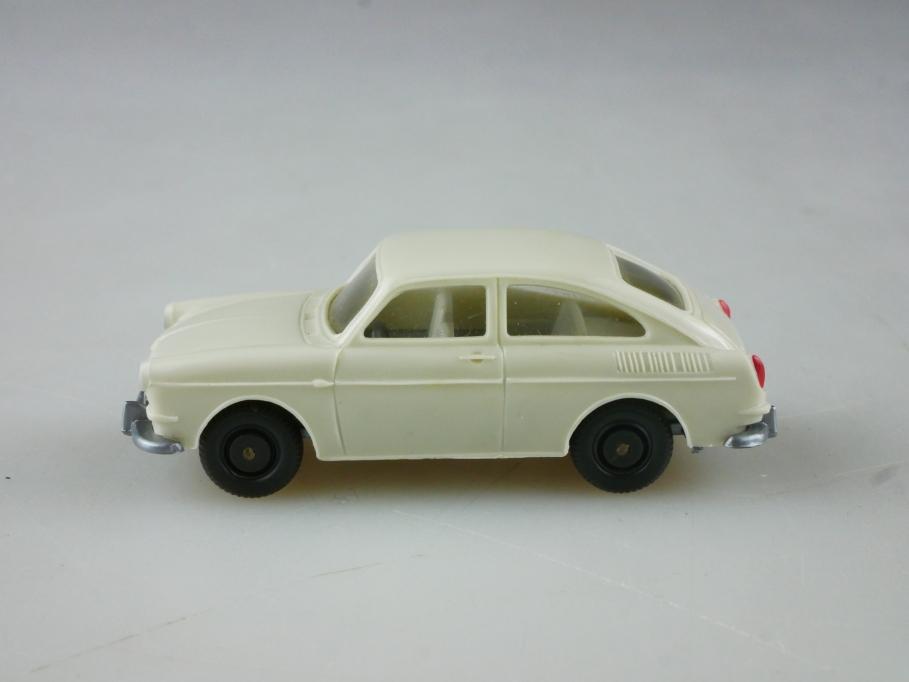 Saure 309 Wiking 1/87 VW 1600 TL Fließheck Volkswagen perlweiß ohne Box 515110